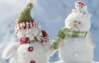 decorative-sad-christmas-snowmen